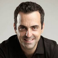 Xiaomi Mi 4i housed in a strong, unbreakable box tested by VP Hugo Barra