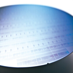 Samsung to start 10nm chip production in late 2016