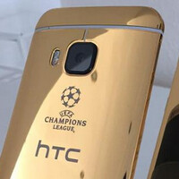 HTC used an Apple iPhone 6 to take a promotional picture of the 24K gold HTC One M9