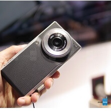 Panasonic's smartphone-camera hybrid hits the U.S. market at a cost of $1,000