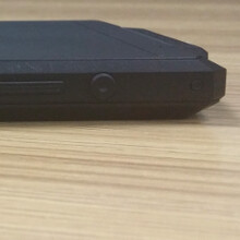 Want to see how thick a phone with 10 000 mAh battery will be? Check out this Oukitel dummy