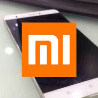 Xiaomi Mi 5 reportedly pictured in the wild, seemingly has a bezel-busting edge-to-edge display
