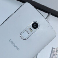 Lenovo Vibe X3 poses for pictures at the China Telecom Exhibition carrying Motorola design cues