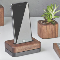 10 of the best charging docks and stands for the iPhone 6s and iPhone 6s Plus