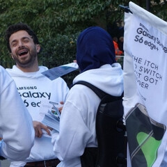 Samsung tried to crash Apple's iPhone 6s launch in London