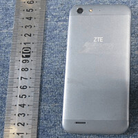 ZTE Blade L6 visits the FCC