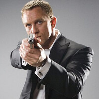 Daniel Craig was against Sony and Samsung phones in Spectre because