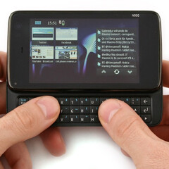 10 of the best QWERTY smartphones from when hardware keyboards were cool