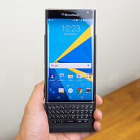 BlackBerry Priv: physical keyboard or on-screen, what's better?