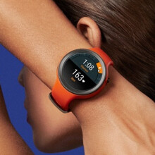 Motorola Moto 360 Sport and Fitbit Blaze will be available at Verizon