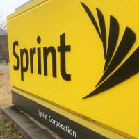 Sprint lays off 2500 workers, moves earnings announcement up a week to tomorrow