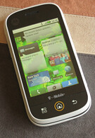 Hands on with the Motorola CLIQ