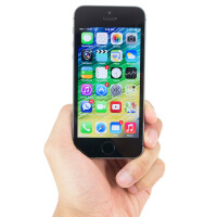Nearly one third of iPhone users still rock 4-inch handsets, anticipating an upgrade
