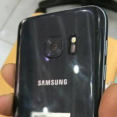 Samsung Galaxy S7 finally seen in the flesh, many details seemingly confirmed