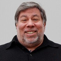 Wozniak: Jobs would have backed Cook's hard line stance against court order