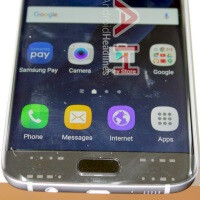 This is the biggest Samsung Galaxy S7 and S7 edge leak so far - see the Android flagships from all sides