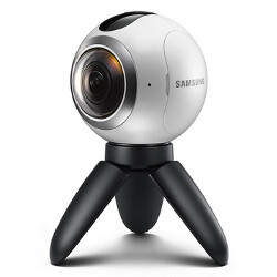 Samsung Gear 360 features detailed in an infographic