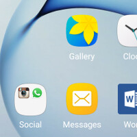 """Still waiting for Marshmallow on your Galaxy? Grab this theme if you want to check out the new """"squircle"""" icons!"""