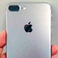 Pictures of an alleged Apple iPhone 7 show dual-camera set up, no home button