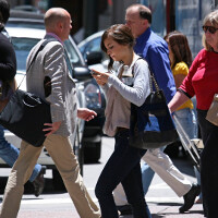New Jersey and other states seek to pass legislation making it illegal to text and walk