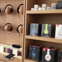 Apple opens next-generation Apple Store in Memphis