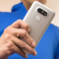 LG G5 actually a plastic phone? Yes and no – better check