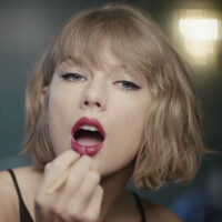 Taylor Swift returns to pitch Apple Music in the streamer's latest television ad