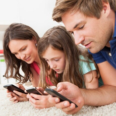 Cordcutters, unite! A fifth of US households now get their Internet via mobile devices