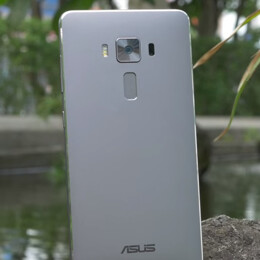 Asus ZenFone 3 and ZenFone 3 Deluxe star in official promo videos