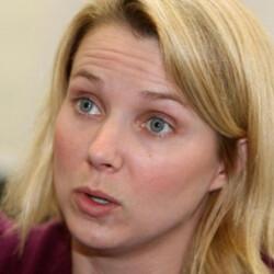 Twitter sniffs around Yahoo although Verizon is still the front-runner