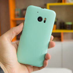 HTC 10 cases by Spigen: hands-on review