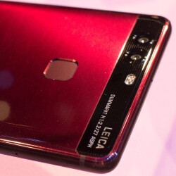 We checked out the Huawei P9 in new colors - Blue and Red