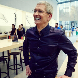 """Apple's Tim Cook on the Note 7 incident: """"We welcome all switchers"""""""