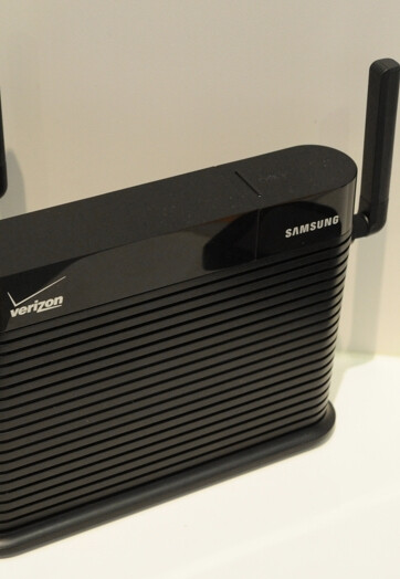 Samsung's new Combo FemtoCell for Verizon does EVDO