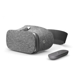 Google is sending out Daydream View promo codes to early Pixel adopters