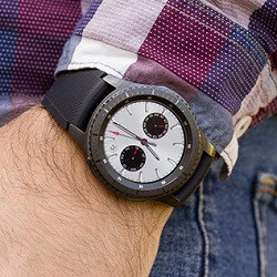 You will soon be able to use a Samsung Gear S3, S2, and Fit 2 with an iPhone