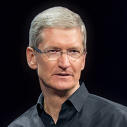 """Former Apple engineer blames Tim Cook for making the company """"boring"""""""
