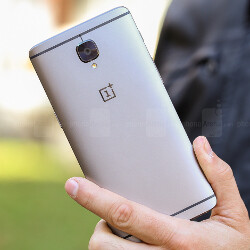 OnePlus halts Open Beta releases for the OnePlus 3 and 3T for a month