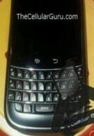 BlackBerry Dakota/Magnum prototype in the flesh?