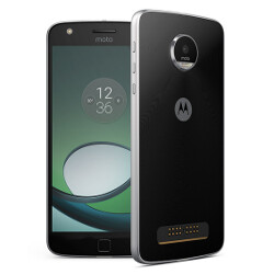 Android 7.0 update for the German Moto Z Play is delayed until next month