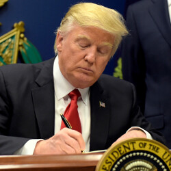Tech firms join together to file legal brief against Trump's immigration ban