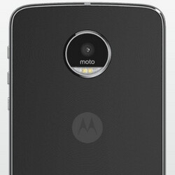 Android 7.0 starts rolling out for the unlocked Motorola Moto Z Play