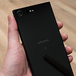 Sony Xperia XZ Premium hands-on: the return of mobile 4K
