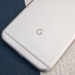 Google says Pixel 2 will remain premium, no cheap Pixel in the works