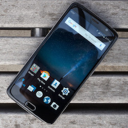 The first software update for the ZTE Blade V8 Pro brings performance enhancements and more
