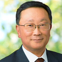 Picture from John Chen gets a vote of confidence from BlackBerry's largest stockholder