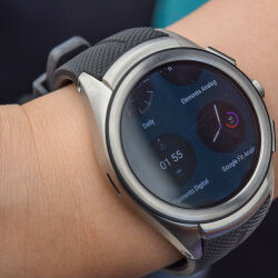 Wondering where Android Wear 2.0 is? Google delayed it to fix a bug