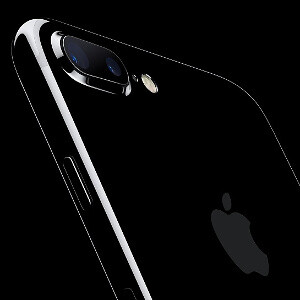 Apple is preparing a completely overhauled premium iPhone model: full-screen design, improved cameras and more
