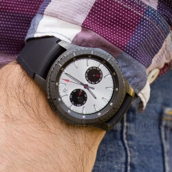 Android Wear market share surpassed by Samsung
