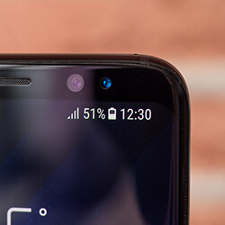 A note to all Galaxy S8 users: fast charging only works while the screen is off
